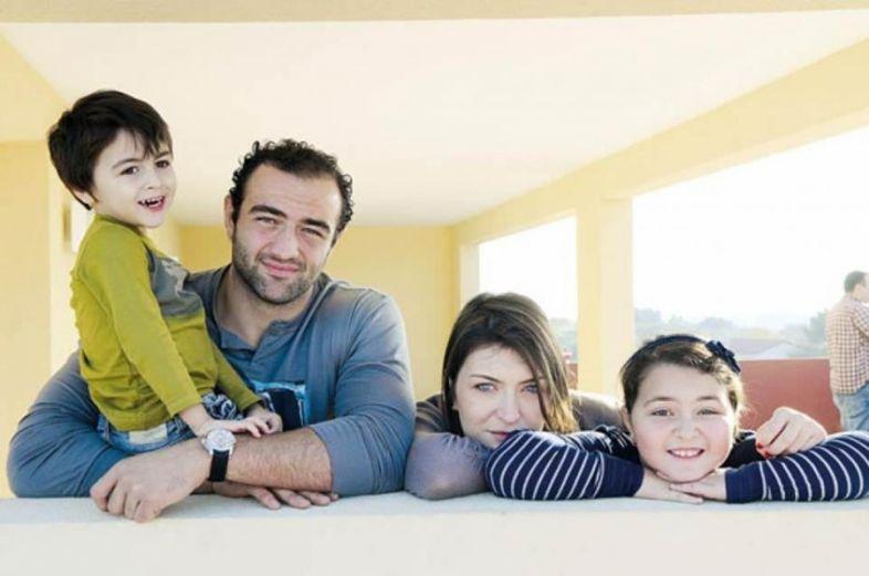 მამუკა გორგოძე მესამე შვილის მამა გახდა - დაათვალიერეთ ცნობილი მორაგბის ოჯახური ფოტოები