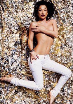 სექსუალური იულიას სილამაზის საიდუმლო - რას აკეთებს  სხეულისთვის მომღერალი